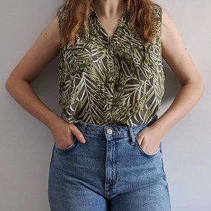 1990's Light and Soft Sleeveless Blouse